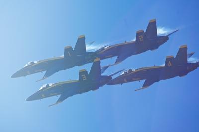 soku_33074.jpg :: 乗り物 交通 航空機 飛行機 軍用機 サンフランシスコ Fleet Week エアショー ブルーエンジェルス