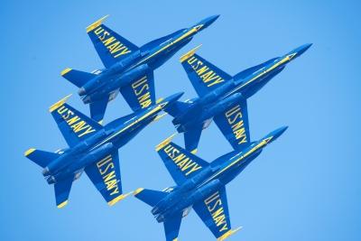 soku_33075.jpg :: 乗り物 交通 航空機 飛行機 軍用機 サンフランシスコ Fleet Week エアショー ブルーエンジェルス