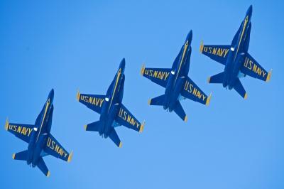 soku_33076.jpg :: 乗り物 交通 航空機 飛行機 軍用機 サンフランシスコ Fleet Week エアショー ブルーエンジェルス