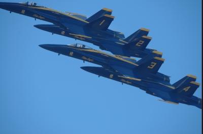 soku_33078.jpg :: 乗り物 交通 航空機 飛行機 軍用機 サンフランシスコ Fleet Week エアショー ブルーエンジェルス
