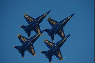 soku_33079.jpg :: 乗り物 交通 航空機 飛行機 軍用機 サンフランシスコ Fleet Week エアショー ブルーエンジェルス