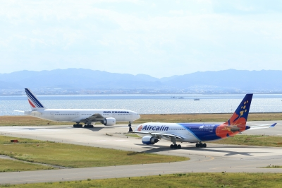 soku_33113.jpg :: 1120 乗り物 交通 航空機 飛行機 旅客機 KIX 関西国際空港