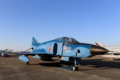 soku_33205.jpg :: デジカメ板 飛行機写真スレ〓第79便〓 平成27年度百里基地航空祭 F-4 飛行機 ヒコーキが足りない by IBR
