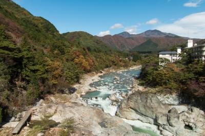 soku_33213.jpg :: 風景 自然 川 渓谷 山 紅葉 日光 鬼怒川 org:soku_33268.jpg