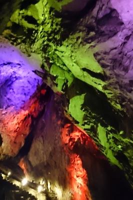 soku_33295.jpg :: 風景 自然 洞窟 日原鍾乳洞 見たかこれが2070万画素の塗り絵だ