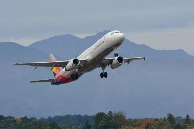 soku_33401.jpg :: 乗り物 交通 航空機 飛行機 旅客機 富士山静岡空港