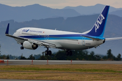 soku_33402.jpg :: 乗り物 交通 航空機 飛行機 旅客機 富士山静岡空港