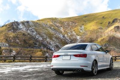 soku_33466.jpg :: 風景 自然 山 車 ドライブ Audi S3 長野県 カタログ風 ド派手現像