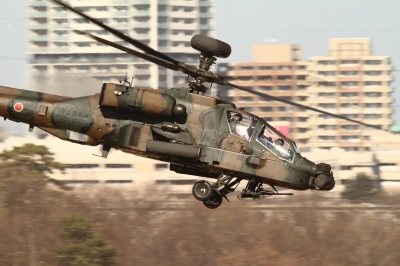 soku_33506.jpg :: 平成28年度 習志野空挺降下訓練始め/AH-64D