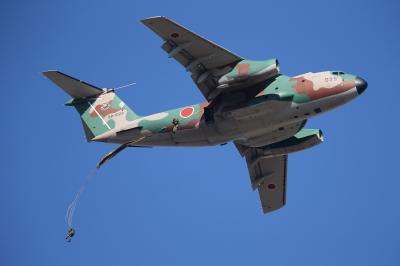 soku_33512.jpg :: 平成28年度 習志野空挺降下訓練始め 輸送機 C-1