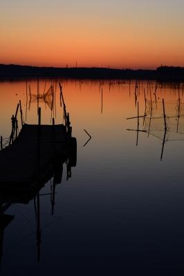 soku_33683.jpg :: 風景 自然 空 朝日 朝焼け 日の出 水辺