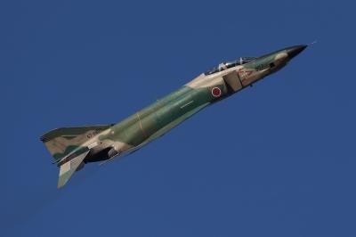 soku_33686.jpg :: 乗り物 交通 航空機 飛行機 軍用機 戦闘機 偵察機 RF-4EJ ファントムII