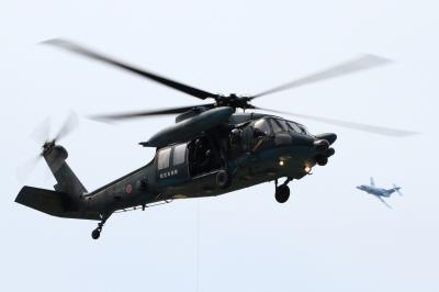 soku_33787.jpg :: 小牧基地 救難隊 救難ヘリコプター UH-60J U-125A(救難捜索機)