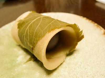 soku_33879.jpg :: 食べ物 お菓子 デザート スイーツ 和菓子 桜餅