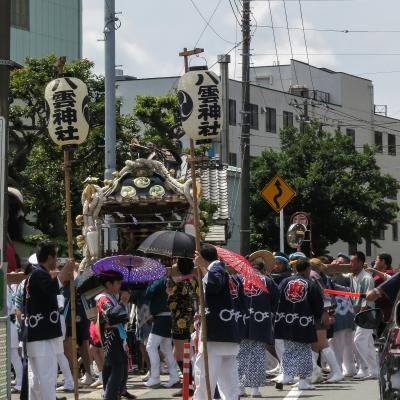 soku_34247.jpg :: 風景 街並み 祭りの風景 祭り 八雲神社 三浦半島 スクエアフォーマット