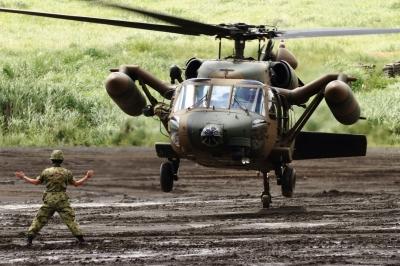 soku_34306.jpg :: 総火演予行 ヘリコプター 軍用機 陸上自衛隊 UH-60J ロクマル