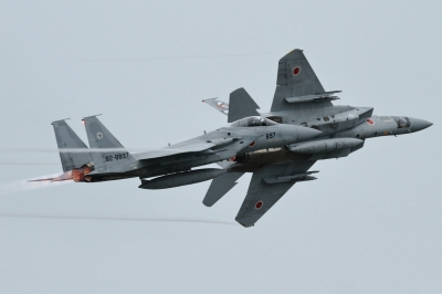 soku_34410.jpg :: 小松基地航空祭 303sq F.15J 乗り物 交通 航空機 飛行機 軍用機 戦闘機 ベイパー