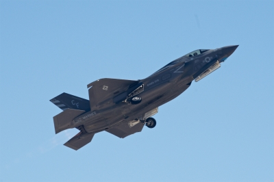 soku_34440.jpg :: 乗り物 交通 航空機 飛行機 軍用機 戦闘機 F.35B