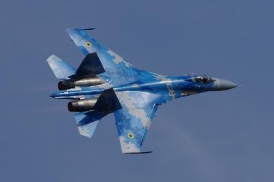 soku_34510.jpg :: チェコ共和国 CIAF2016 ウクライナ Su-27 デモ飛行 乗り物 交通 航空機 飛行機 軍用機