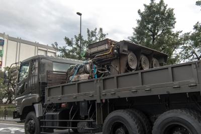 soku_34514.jpg :: 乗り物 交通 自動車 軍用車両 トラック 何らかのエンジン 陸上自衛隊