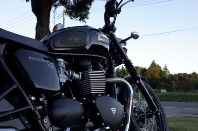 soku_34618.jpg :: 風景 郊外 バイク ツーリング BONNEVILLE T100