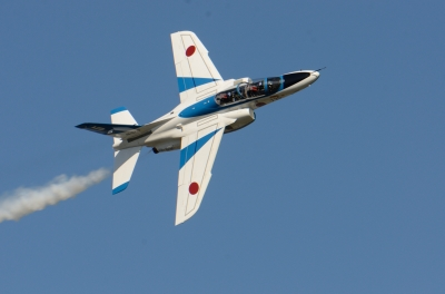 soku_34623.jpg :: 乗り物 交通 航空機 飛行機 軍用機 航空祭 入間航空祭 ブルーインパルス T.4