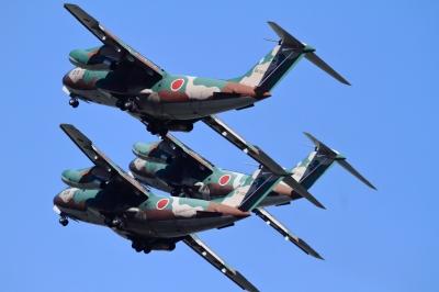 soku_34649.jpg :: 入間基地航空祭 乗り物 交通 航空機 飛行機 軍用機 輸送機 C-1 機動飛行