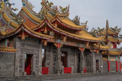 soku_34730.jpg :: 単焦点解像テスト 資料 サンプル 風景 街並み 郊外の風景 外国 建築 建造物 寺院