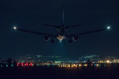 soku_34745.jpg :: 千里川 乗り物 交通 航空機 飛行機 旅客機 夜景