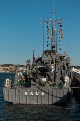 soku_34772.jpg :: 江の島 湘南の宝石イルミネーション2016 掃海艇 一般公開 MSC-605 ちちじま Chichijima