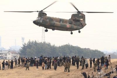soku_34790.jpg :: 習志野空挺降下訓練始め/CH.47J