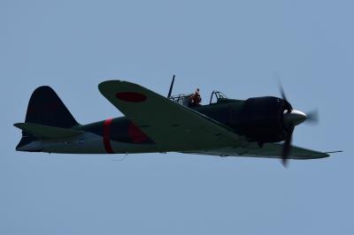 soku_35075.jpg :: エアレース RedBull レッドブル エキシビション 旧日本軍実機 零式艦上戦闘機 0戦 零戦