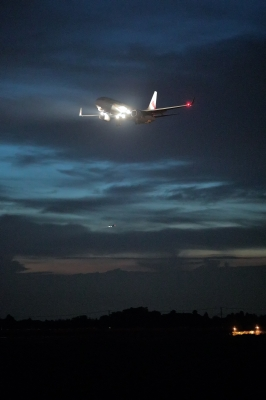 soku_35118.jpg :: デジカメ板 飛行機写真スレ〓第82便〓 飛行機 ヒコーキが足りない by NRT