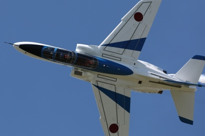 soku_36013.jpg :: 乗り物 交通 航空機 飛行機 軍用機 ブルーインパルス T-4