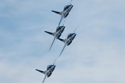 soku_36280.jpg :: 乗り物 交通 飛行機 軍用機 T-4 ブルーインパルス 岐阜基地航空祭